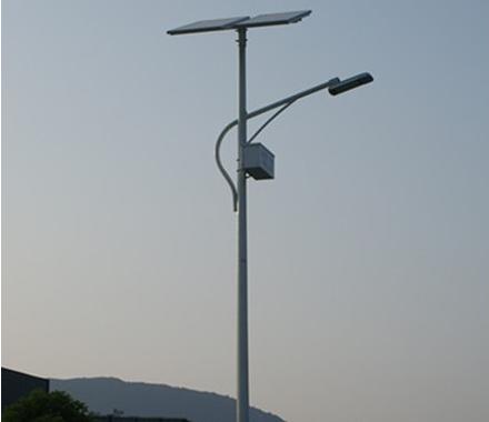 锂电池太阳能路灯是照明的理想选择