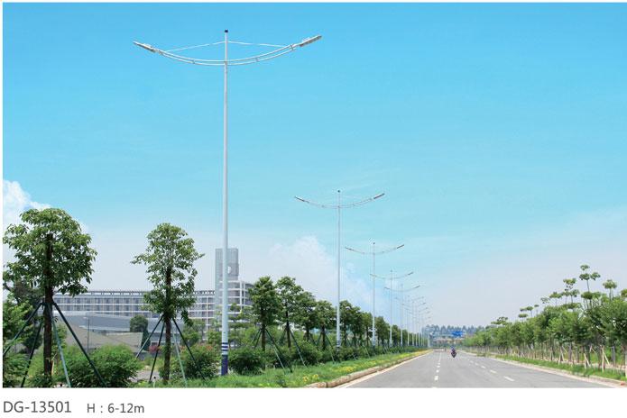 LED路灯厂家在选购路灯的时候还是要关注一下